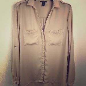 Forever 21 buttoned down blouse